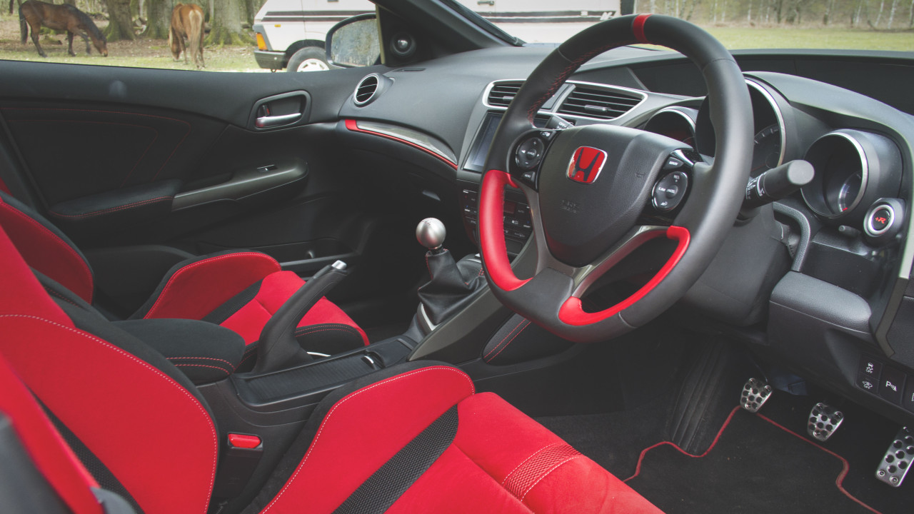 newmotoring turbocharging has made the civic type r better. Black Bedroom Furniture Sets. Home Design Ideas