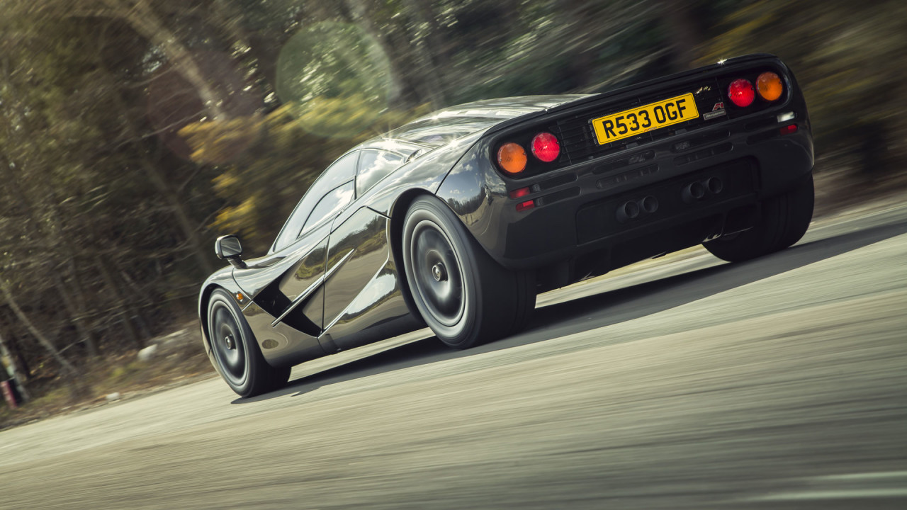 McLaren-F1-On-The-Road