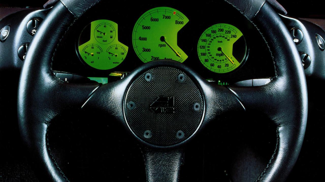 McLaren-F1-Steering-Wheel