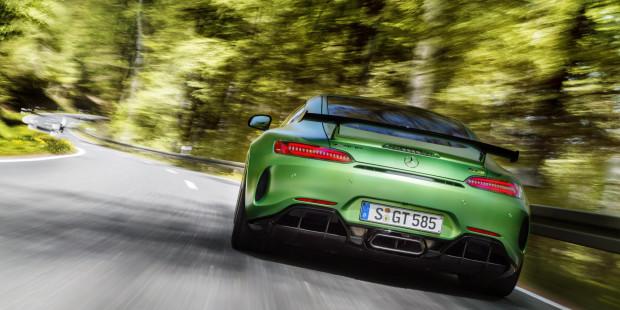 NewMotoring Mercedes-AMG-GT-R-Engine – NewMotoring