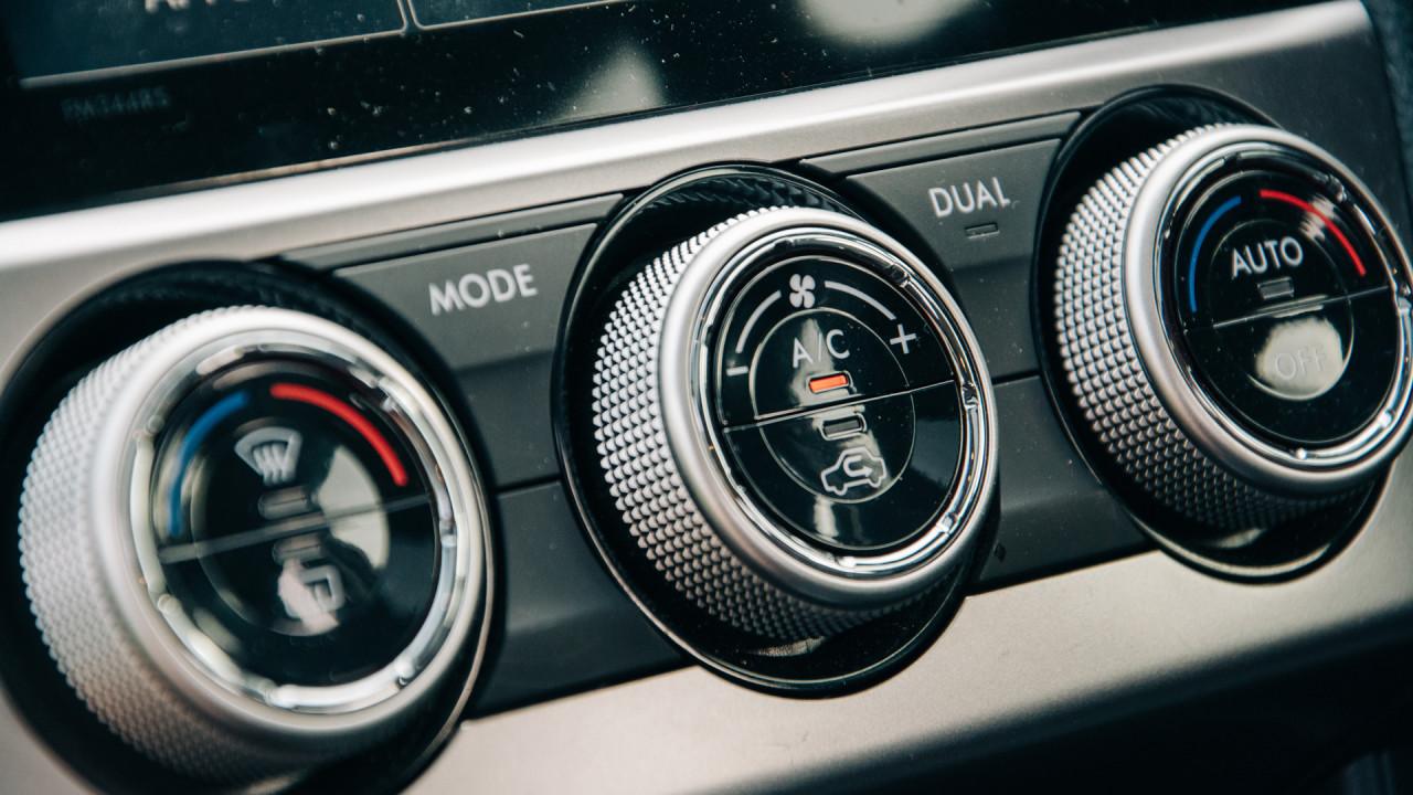 Subaru-XV-2017-Interior