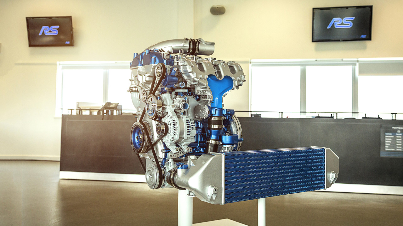 ford-focus-rs500-2017-engine