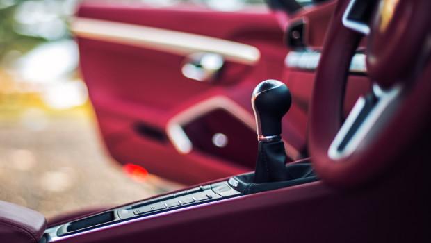 porsche-911-gear-stick