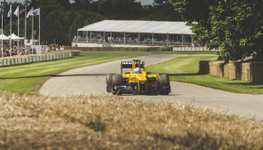 renault-f1-car-goodwood-festival-of-speed