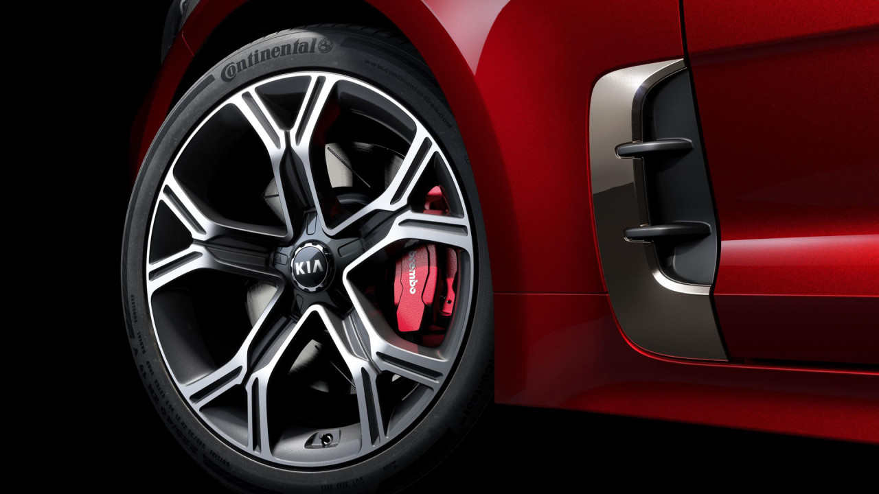 kia-stinger-wheels-brakes