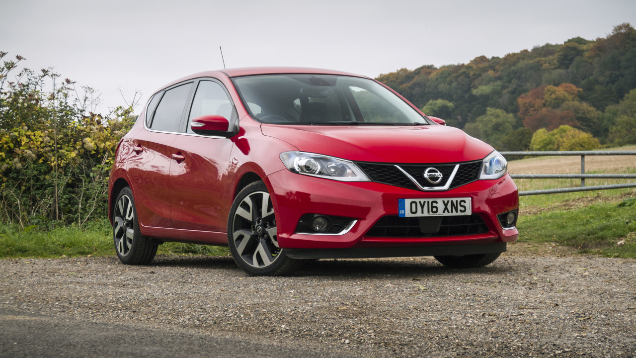 Nissan Pulsar 2016 Video Review