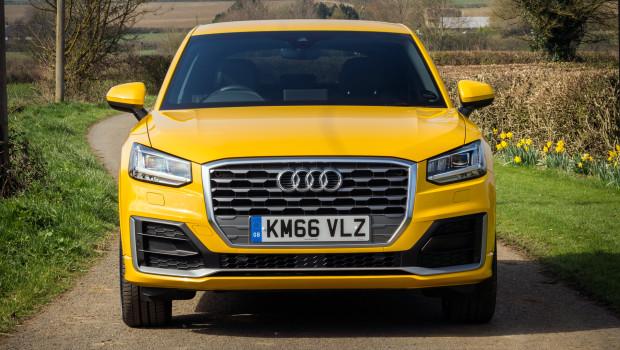 Audi Q2 2017 Video Review