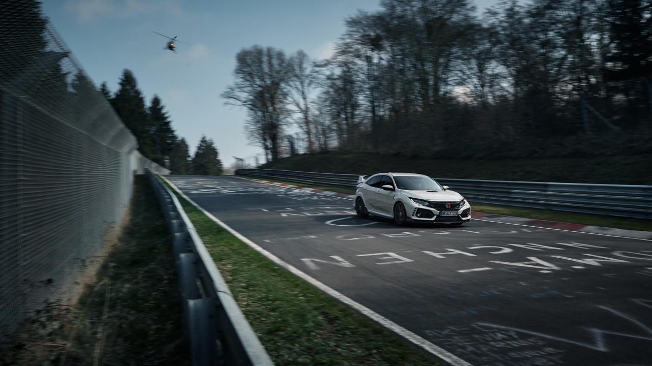 Honda-Civic-Type-R-2017-Nurburgring-Lap