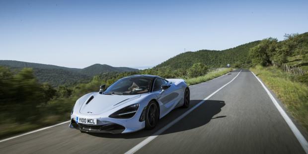 McLaren-720S-2017