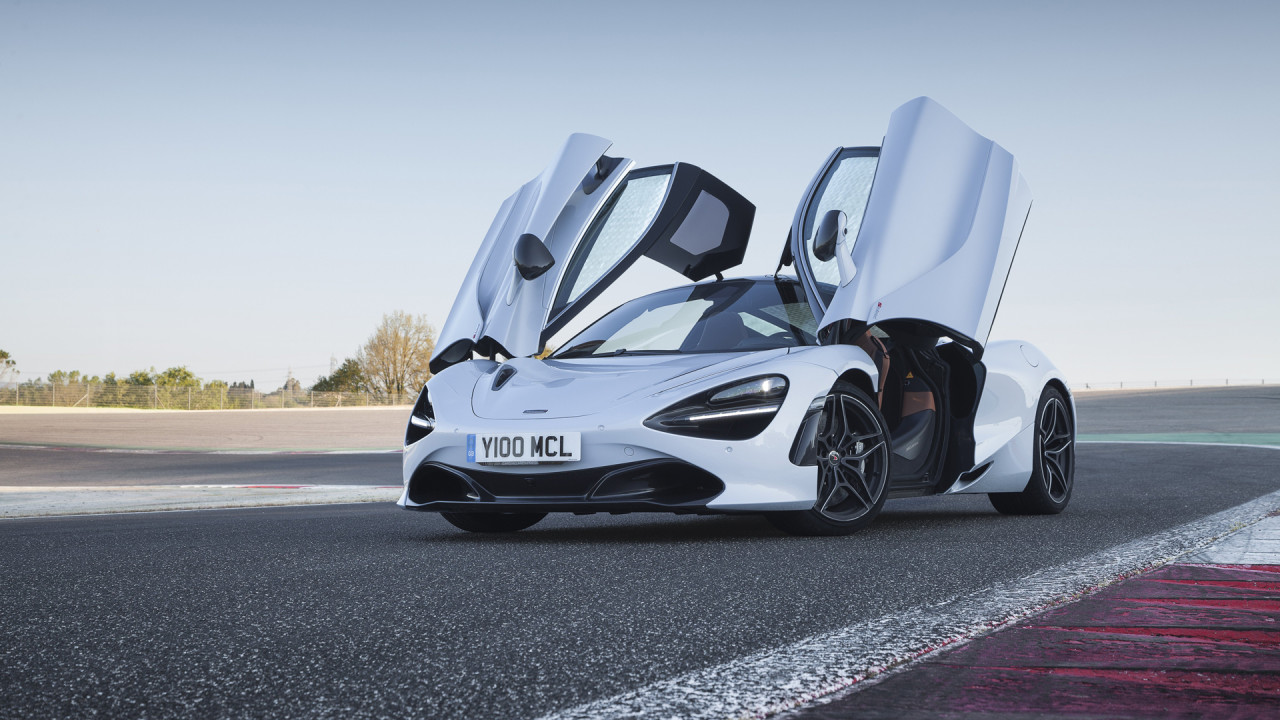 Newmotoring Gallery The Mclaren 720s In Italy