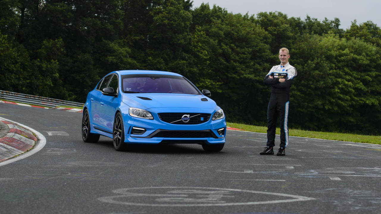 Volvo-S60-Polestar-Nurburgring-Driver