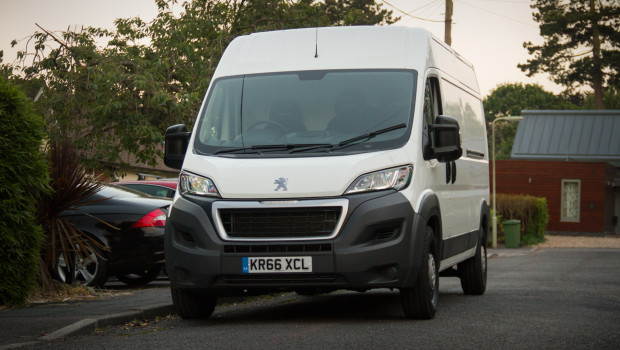 Newmotoring Becoming A Van Man With The Peugeot Boxer