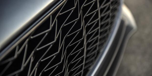 Aston-Martin-Vanquish-Zagato-Volante-Grille