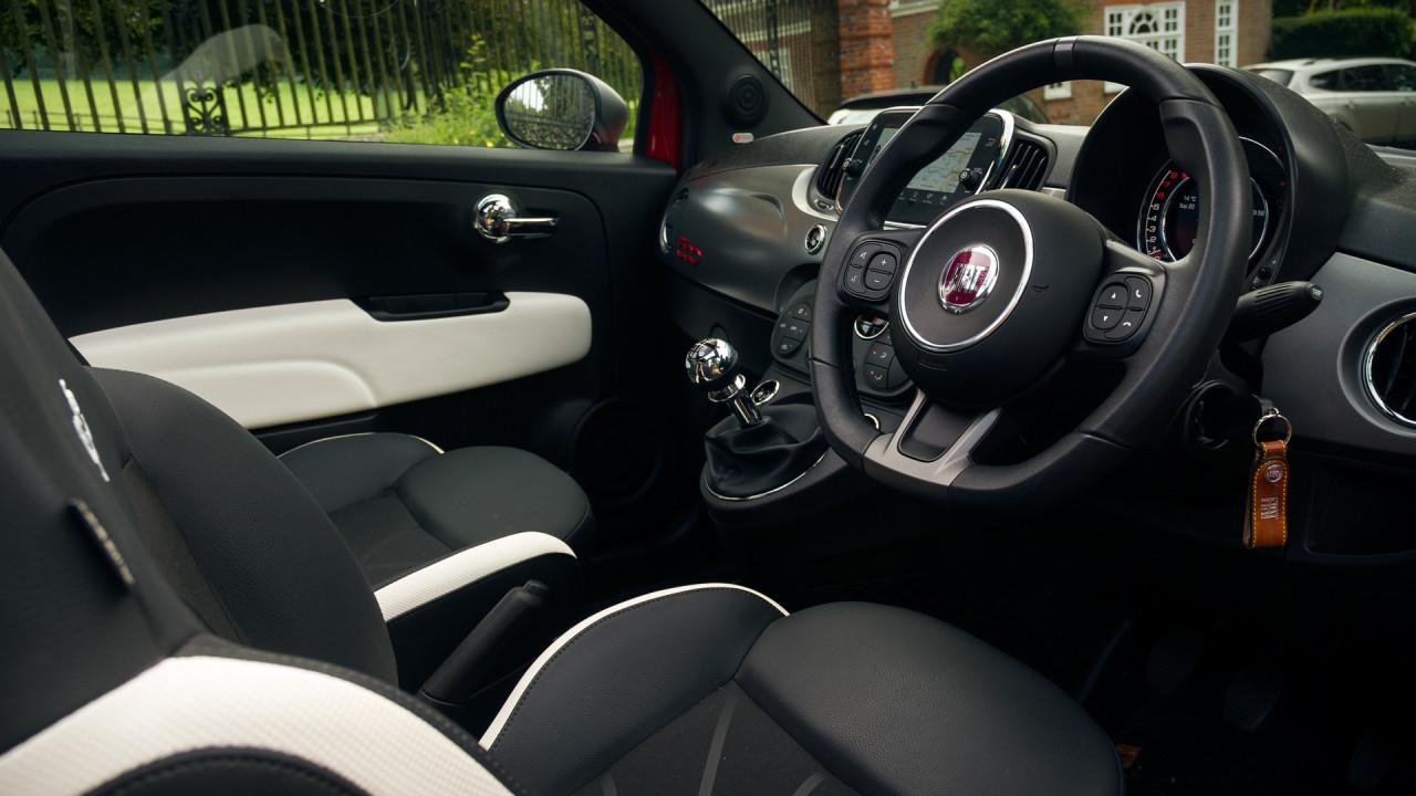 Fiat 500C 2017 Interior