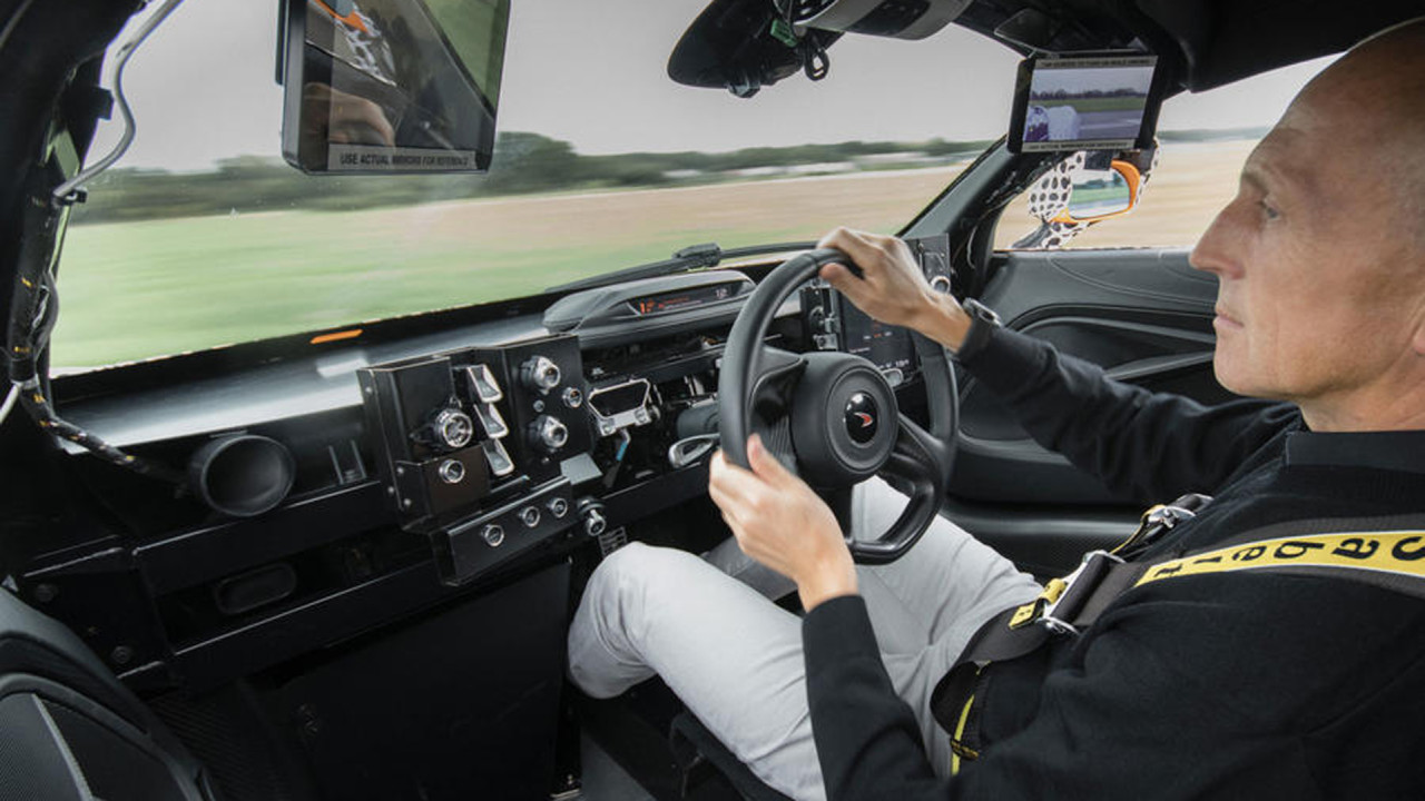 McLaren-BP23-Interior
