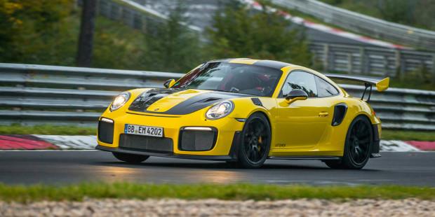 Porsche-911-GT2-RS-Nurburgring